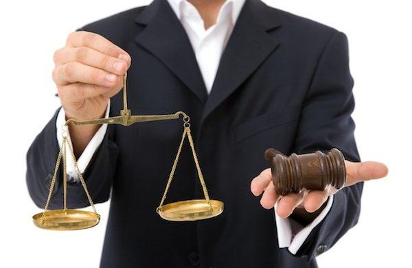 Avoir un avocat à ses cotés pour être mieux protégé